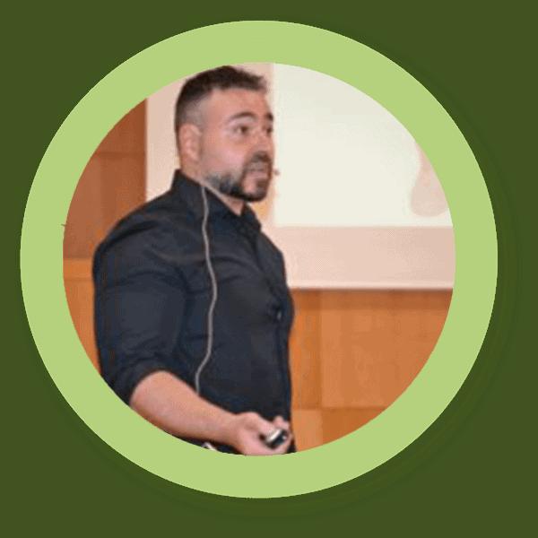 Walter Suárez Carmona Máster Actividad Física salud patologías, Entrenamiento cardiopatía, Prácticas en empresas salud, CEU Instituto de Posgrado