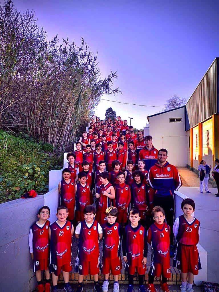 Colegio Montessori Huelva y ESYDE Formación se unen por el baloncesto