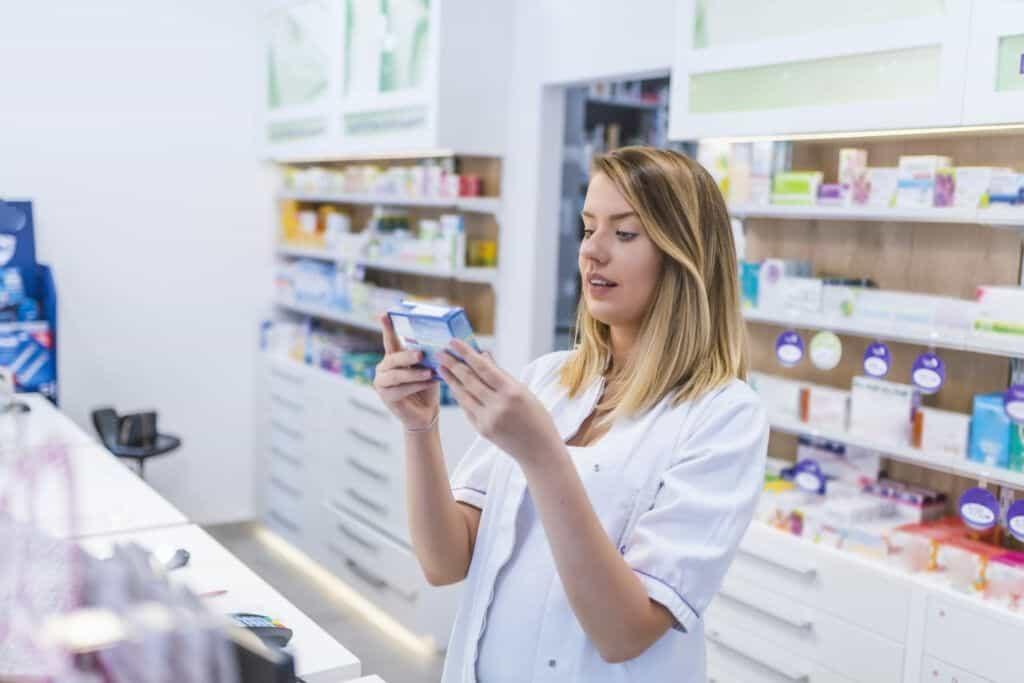 ¿Por qué estudiar Farmacia y Parafarmacia?