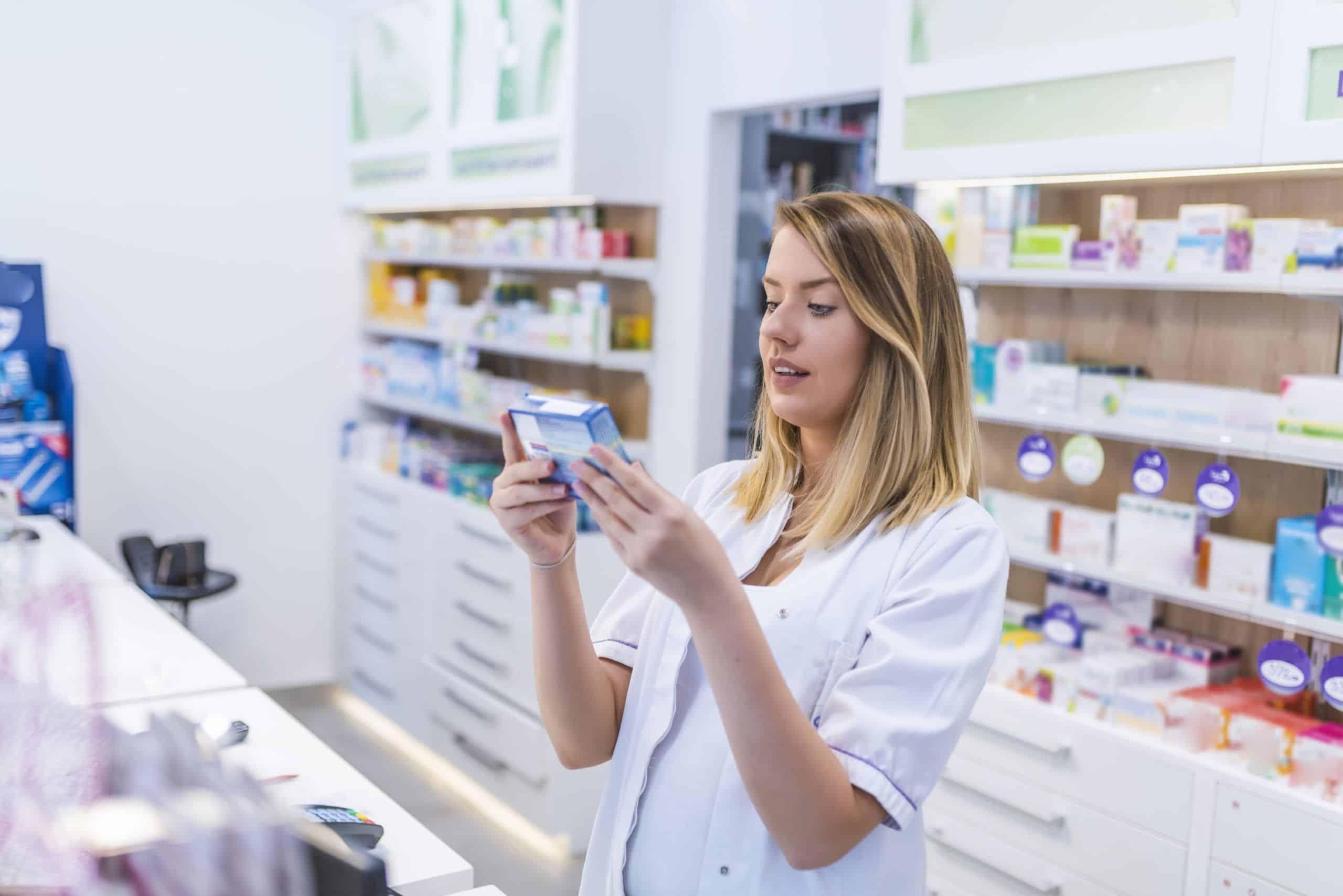 ¿Por qué estudiar Farmacia y Parafarmacia? – ESYDE Formación