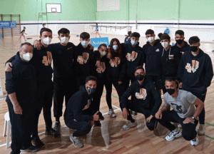alumnos de TECO de Huelva preparando el Mundial de bádminton